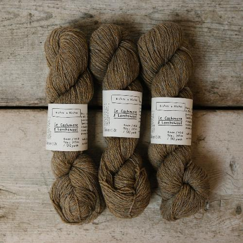 Biches et Buches Le Cashmere et Lambswool Yarn Beige Grey