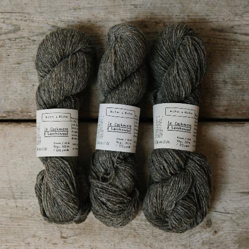 Biches et Buches Le Cashmere et Lambswool Yarn Grey brown