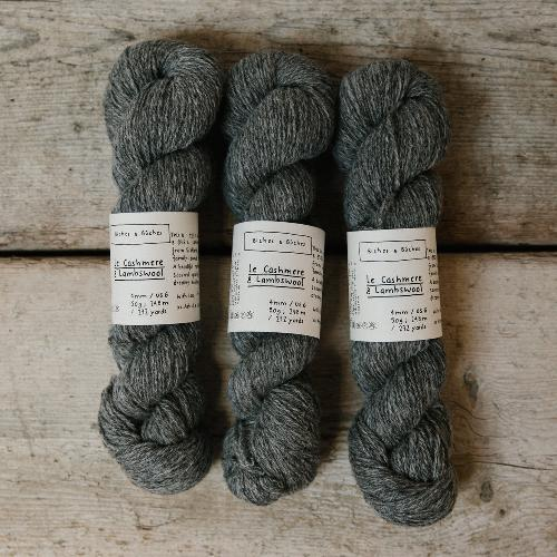 Biches et Buches Le Cashmere et Lambswool Yarn Medium Grey