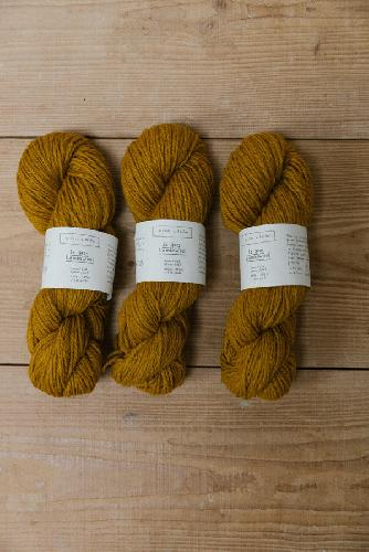 Biches et Buches Le Gros Lambswool Yarn Dark Yellow