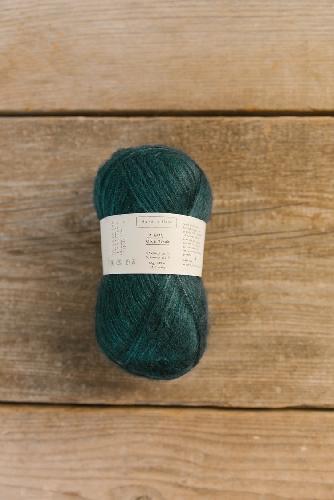 Biches et Buches Le Gros Silk et Mohair Yarn Dark Blue Turquoise