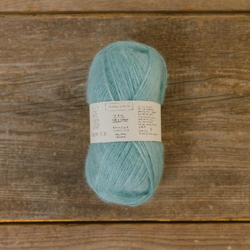 Biches et Buches Le Gros Silk et Mohair Yarn Light Green