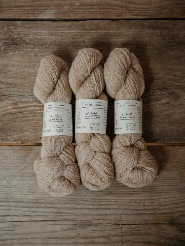 Biches et Buches Le petit Lambswool Yarn Beige