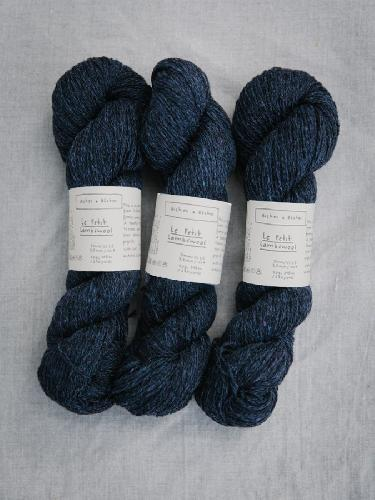 Biches et Buches Le Petit Lambswool Garn Dark Blue Green