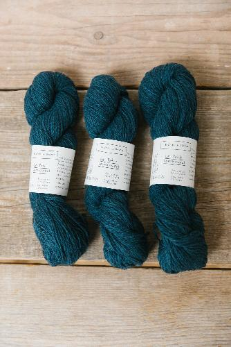 Biches et Buches Le Petit Lambswool Yarn Dark blue turquoise