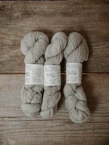 Biches et Buches Le Petit Lambswool Yarn Grey Beige
