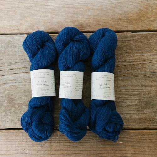 Biches et Buches Le Petit Lambswool Yarn Medium Blue Black