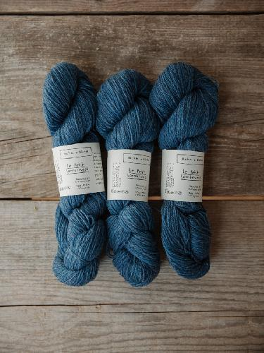 Biches et Buches Le Petit Lambswool Yarn Mediumblue