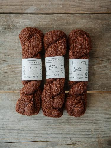 Biches et Buches Le Petit Lambswool Yarn Redbrown
