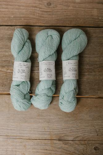 Biches et Buches Le Petit Lambswool Yarn Very light green
