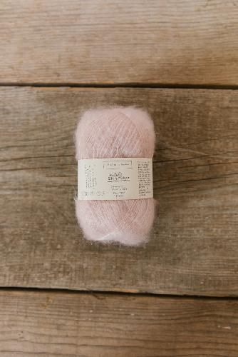 Biches et Buches Le Petit Silk et Mohair Yarn Very light pink