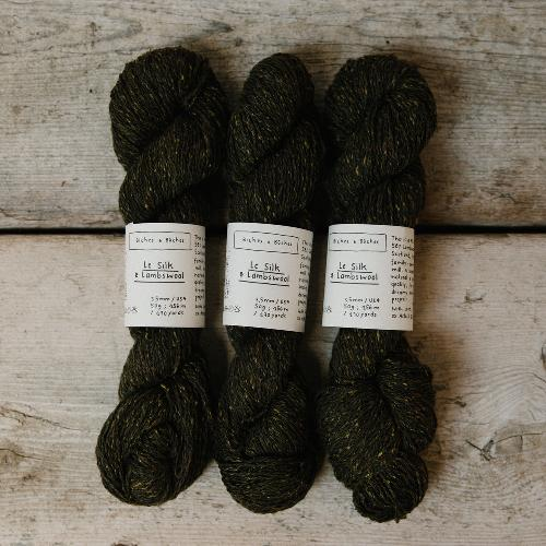 Biches et Buches Le Silk et Lambswool Garn Dark Green Grey
