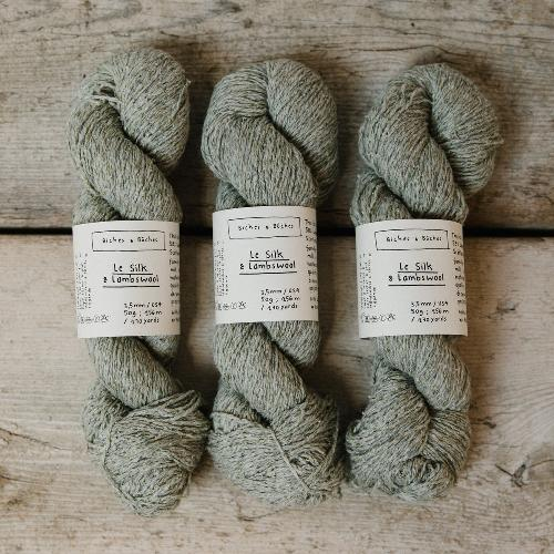 Biches et Buches Le Silk et Lambswool Yarn Light Grey Green