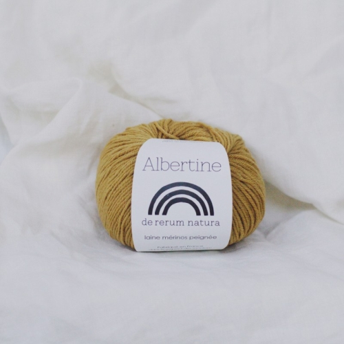 de rerum natura Albertine Yarn Ocre