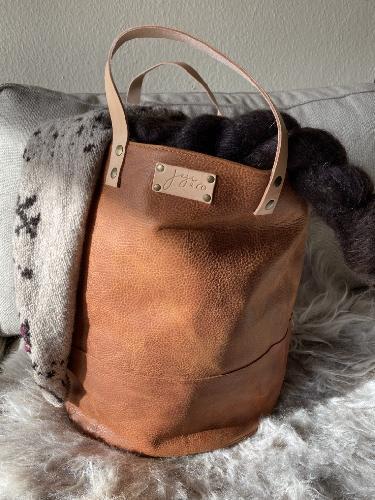 Joji & Co. XL Pampa Bucket Bags Brown
