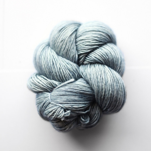 Madelinetosh Merino light Yarn Aura