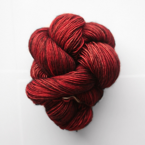 Madelinetosh Merino light Yarn Cardinal