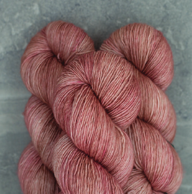 Madelinetosh Merino light Garn Copper pink solid