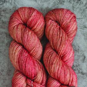 Madelinetosh Merino light Yarn Fragrant