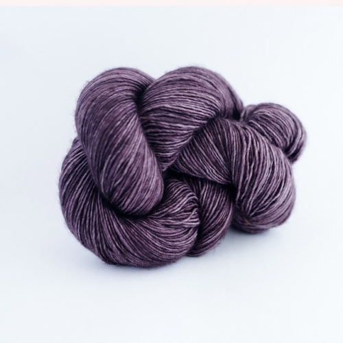 Madelinetosh Merino light Yarn Penumbra