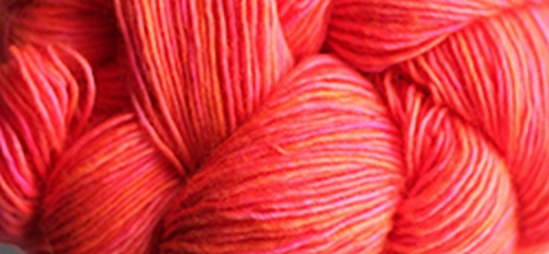 Madelinetosh Unicorn Tails Garn Neon Peach