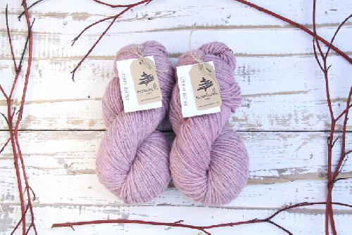 Mominoki German Merino plantdyed - pflanzengefärbt Yarn Lac - Dusty Pink