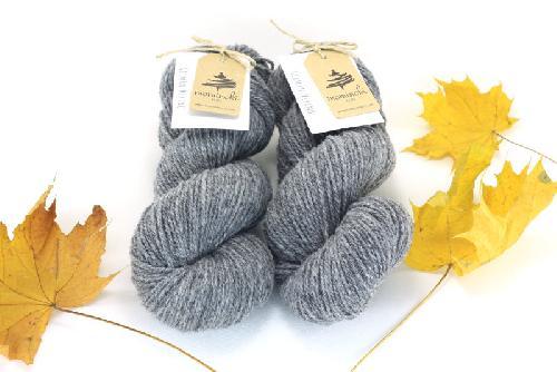 Mominoki German Merino undyed - ungefärbt Yarn Grey