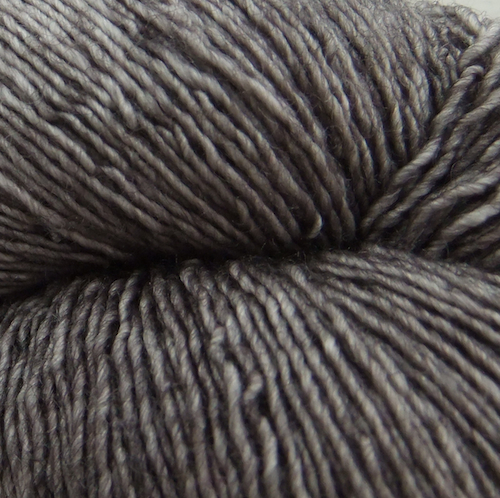 The Uncommon Thread Silky Merino Lace Garn Lark