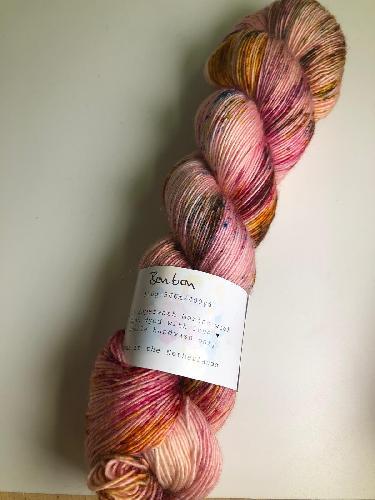 Uschitita Merino Singles Yarn Bonbon